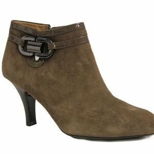 Sofft Women's Belvedere Bootie Taupe 9.5 W